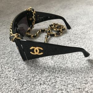 CHANEL Accessories - *FOR TRADE* Chanel 90s Long Chain Sunglasses